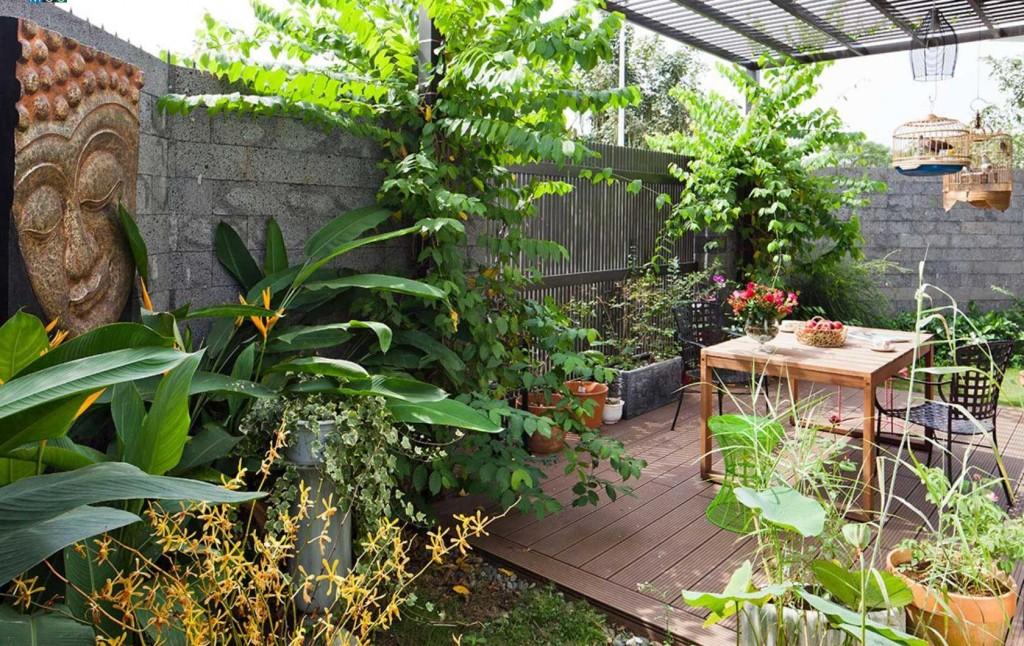 Nhà 2 tầng có sân vườn đẹp lung linh giữa sài gòn