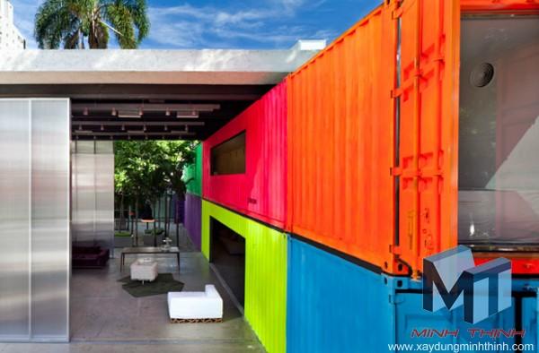 nhà container trẻ trung thiết kế nhiều màu