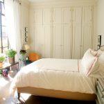 Trang trí phòng ngủ kết hợp nội thất và cây xanh mang lại giấc ngủ ngon