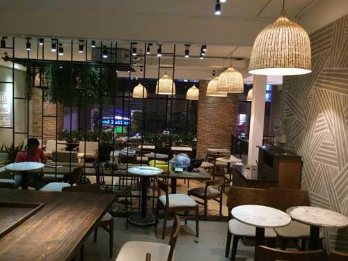 sua quan cafe the coffee house