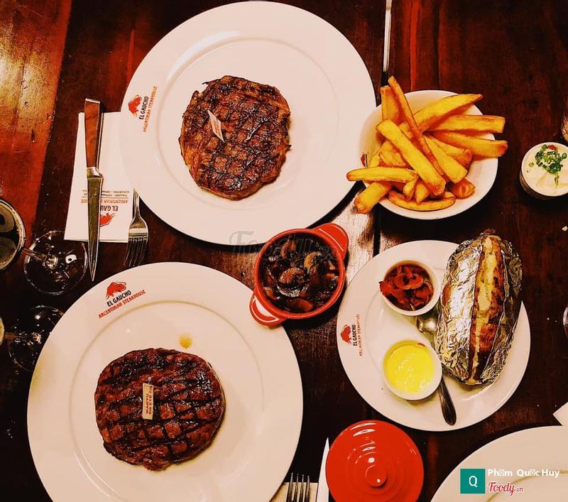 Bò Bít tết ở nhà hàng EL Gaucho Argentinian Steakhouse